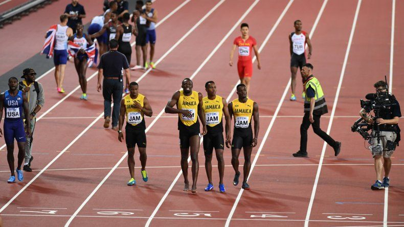 Final triste para Usain Bolt: se lesionó y no pudo terminar su última carrera