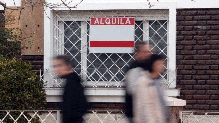 El agente inmobiliario Guillermo Reybet destacó que se ofrecen beneficios como permitir el pago de las comisiones y el mes de depósito en dos cuotas.