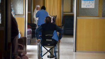 En el hogar Hermanitas de los Pobres residen 31 ancianos, más otro grupo de abuelos que pasan el día.
