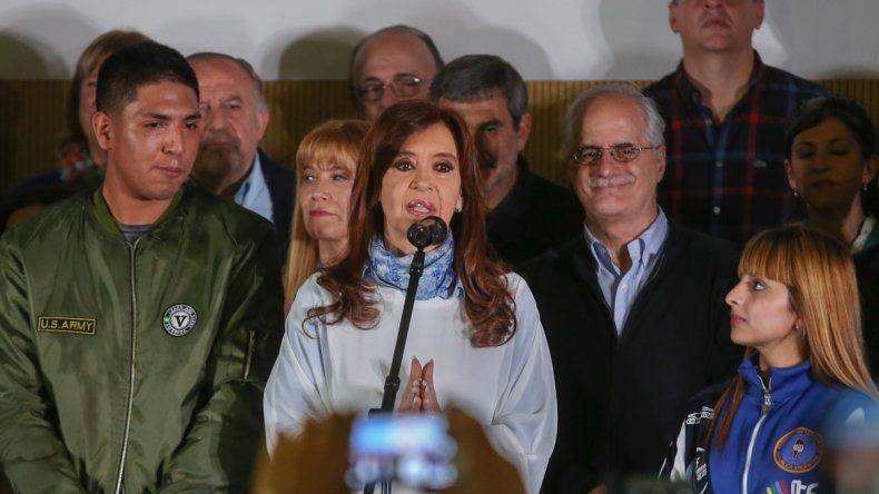 Cristina apareció poco en su campaña y cada vez que se mostró