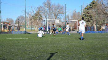 El gol de Troncoso para sellar el resultado. El líder sigue firme.