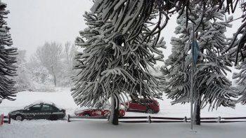 por la nieve, hay rutas y pasos fronterizos intransitables