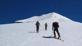 El volcán tiene 3776 metros de altura y el trekking es furor.