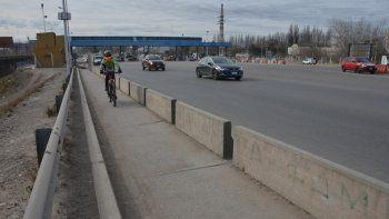 En la zona de los puentes ya les han robado a varios ciclistas.
