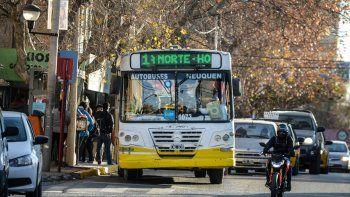 gamarra propone anular el contrato con autobuses neuquen