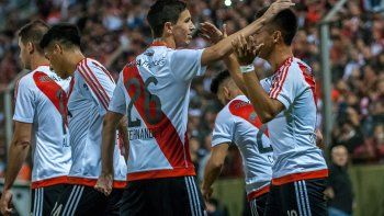 El Millonario jugó un ben partido, superó a su rival y obtuvo una merecida clasificación a la siguiente fase.