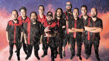Al ruedo. Con el flamante nuevo disco, la agrupación se recargó de energía y vuelve a la escena en su mejor estado: el vivo. Hoy está mucho más definido todo, dijo Navarro, baterista y uno de los integrantes de la primera hora de la formación neuquina.&