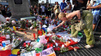 Las autoridades identificaron las nacionalidades de las primeras seis víctimas fatales. Hay un nene de 3 años.