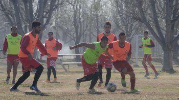 El Rojo debutará contra Villa Mitre en Bahía Blanca