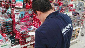 por irregularidades, defensa del consumidor hizo multas a jugueterias e hipermercados