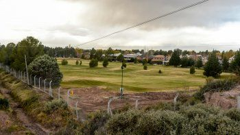 Las tierras de la cancha de golf de Rincón Club siguen en la polémica.