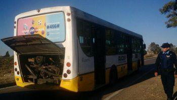 En el colectivo iban varios pasajeros, secuestrados por unas cuadras.