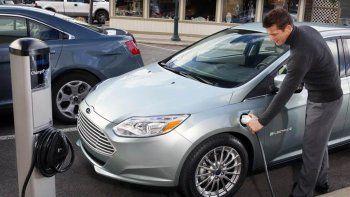 Autos eléctricos. Los vehículos son claves en el desarrollo del sector.