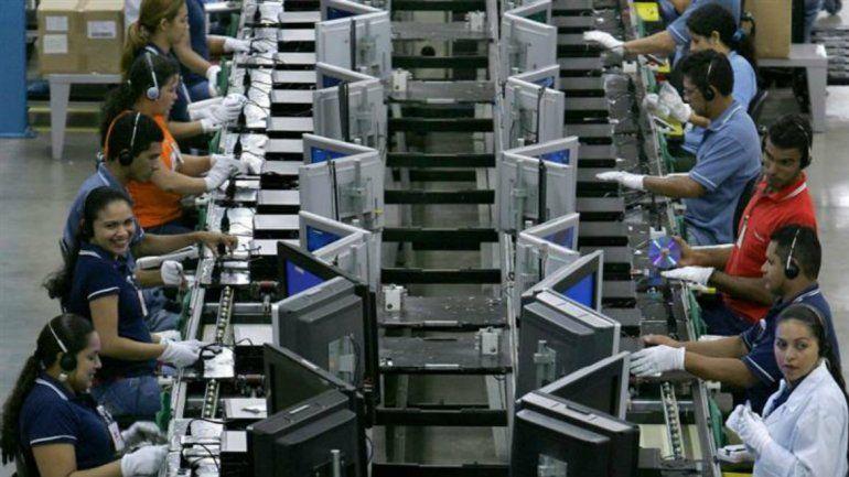 La actividad industrial cayó más de un 8% en junio