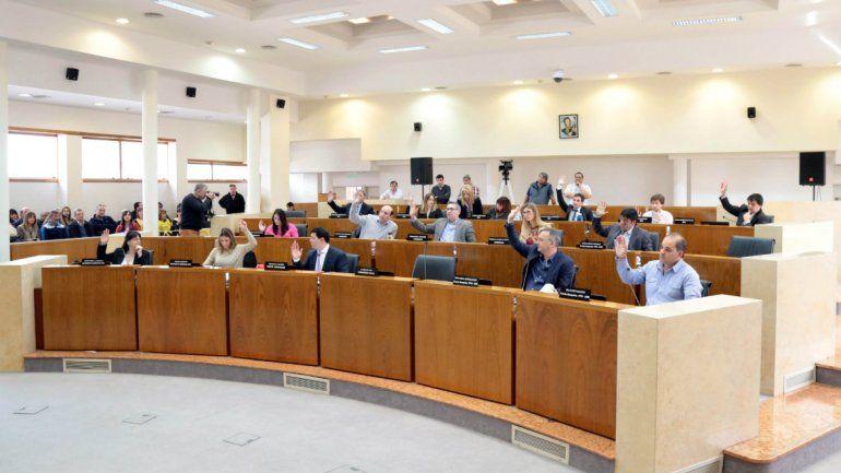 Desafío al veto: la oposición aprobó de nuevo el monitoreo ambiental y las paradas flexibles