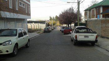 Los motochorros quedaron registrados en las cámaras de seguridad de un vecino de la calle Pehuén al 1000.