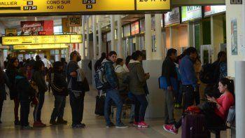 En la terminal de Neuquén, muchos de los pasajeros damnificados dejaron el pasaje abierto o lo reprogramaron para la semana que viene.
