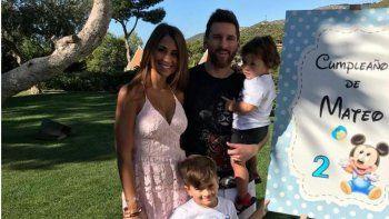 La familia Messi de cumpleaños: el pequeño Mateo sopló dos velitas