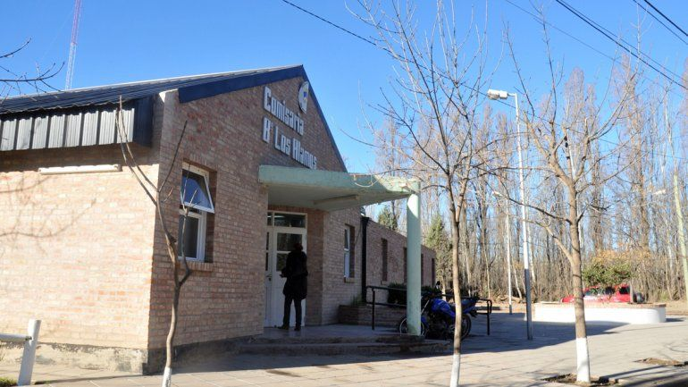 La mujer realizó la denuncia en la Comisaría 46 de Plottier.