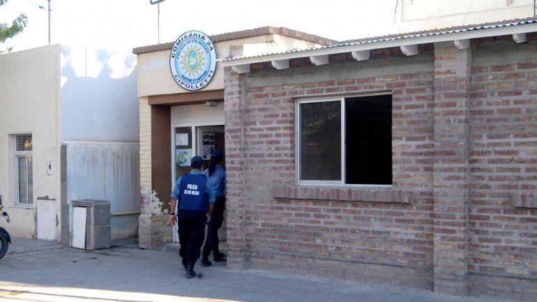 La denuncia la radicó en la Comisaría 24 de Cipolletti.