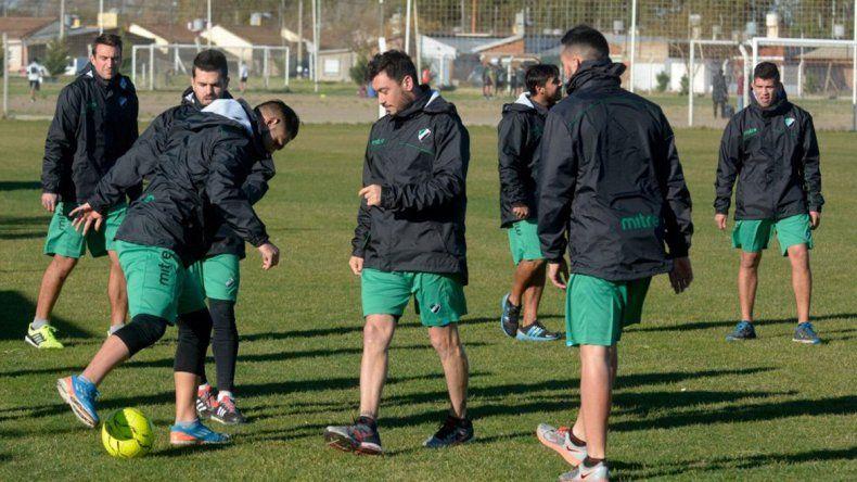 El equipo de Sergio Priseajniuc ultima detalles para recibir al Rojo.
