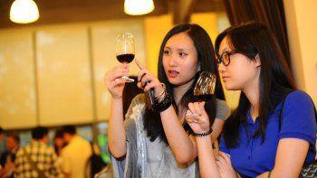tomar cinco vasos de vino o birra por semana puede acortar la vida