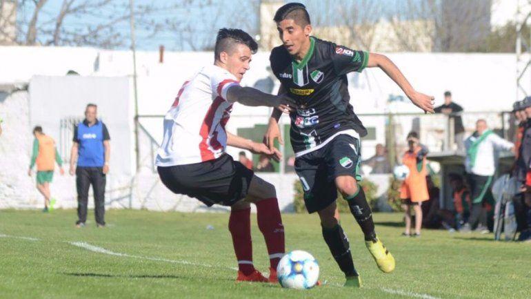 El Rojo debutó con una derrota: cayó 1 a 0 ante Villa Mitre en Bahía