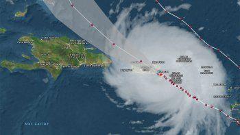 el huracan maria azota las islas virgenes y amenaza a puerto rico