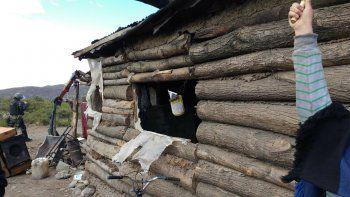 tension: confuso incendio en viviendas de vuelta del rio