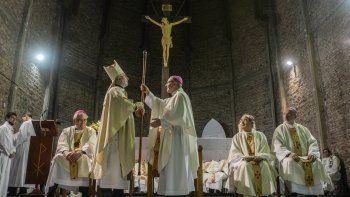 Croxatto y Bresanelli dieron una rueda de prensa por la mañana en la sede del obispado. Por la tarde, el nuevo prelado ofició una misa en la Catedral.
