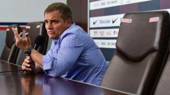 El uruguayo Diego Aguirre anunció en conferencia su alejamiento.