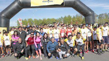 Neuquén Corre copó el río Limay con récord de participantes