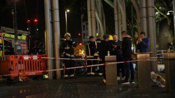 El incidente se produjo en el centro comercial Stratford, en Inglaterra.