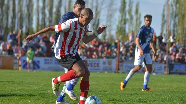 El Rojo le ganó 2 a 1 a Alvarado de Mar del Plata en La Chacra