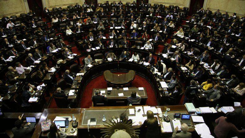 La UCR respaldó la despenalización del aborto
