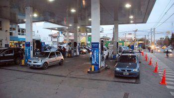 liberacion del mercado de combustibles: subieron las naftas entre un 9% y un 12%