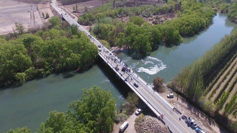 Media sanción al proyecto para bautizar al tercer puente