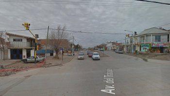 Atacó a una mujer a piedrazos para robarle: vecinos lo atraparon