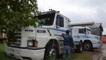 El camión fue secuestrado en un parador de la Ruta 5 de Corrientes. La falsa gestora que ayudó en la estafa.