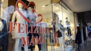 comerciantes destacaron las ventas por el dia de la madre