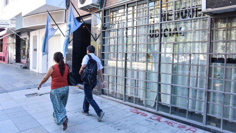 La violenta agresión ocurrió en una vivienda del barrio Bouquet Roldán.