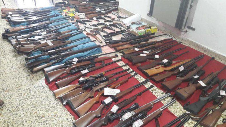 Apoderado de Cambiemos tenía un arsenal de armas en su casa