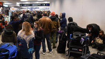 aerolineas sanciono a empleados: anunciaron medidas para manana