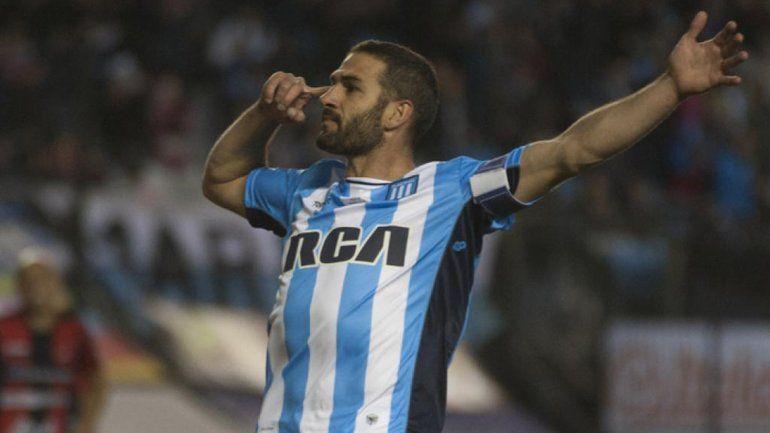 Lisandro López no jugará el clásico con Boca por fiebre