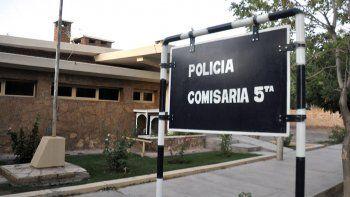 El dueño radicó la denuncia en la Comisaría Quinta de Centenario.