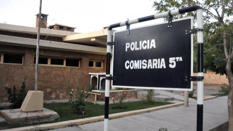 Comisaría Quinta de Centenario.