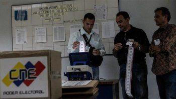 Venezuela: el chavismo ganó en 17 de las 23 gobernaciones
