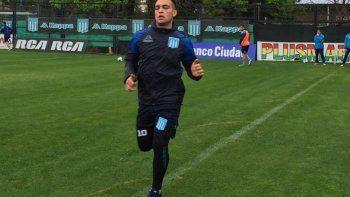 Todavía lesionado, Martínezsigue entrenando en Racing.