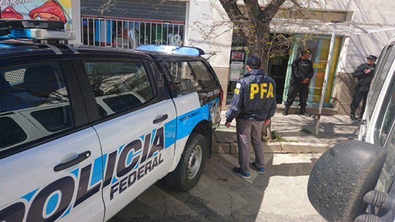 Zapala: detuvieron a un comerciante por vender cremas y aceites de cannabis medicinal