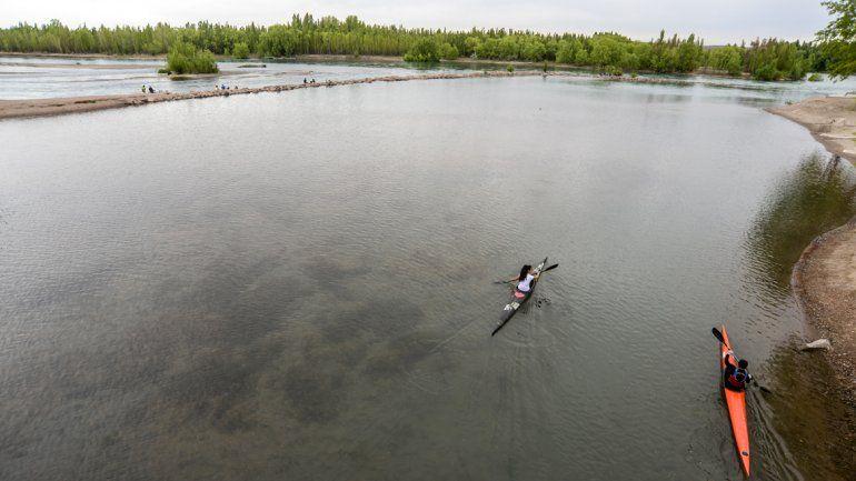 Los ríos Limay y Neuquén tendrán más caudal este verano.